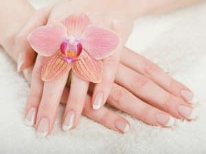 مراقبت از پوست دستان