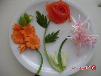 تزیین سالاد گل های زیبا