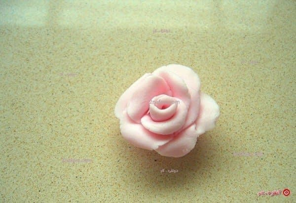 گل با فوندانت برای تزیین کیک