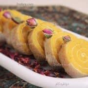 حلوا زعفرونی در نان میکادو