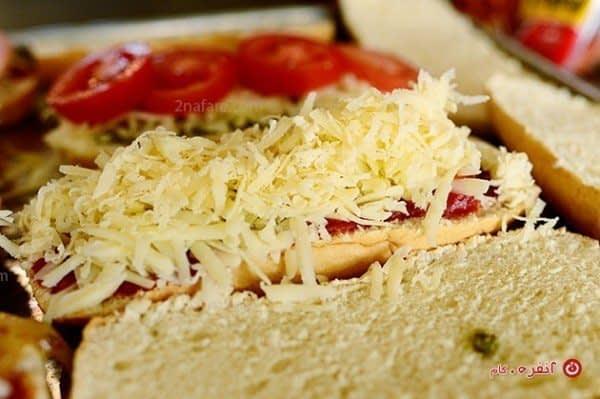 طرز تهیه پیتزا با پنیر