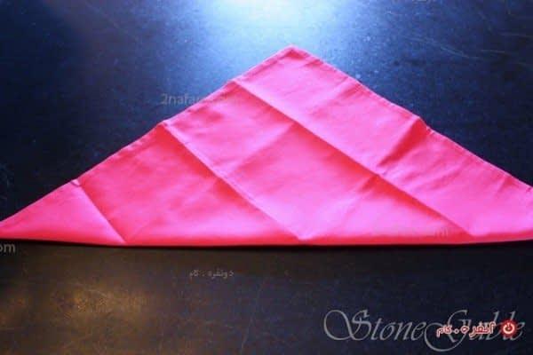 آموزش مرحله به مرحله تزیین دستمال سفره به شکل رز برای سفره آرایی