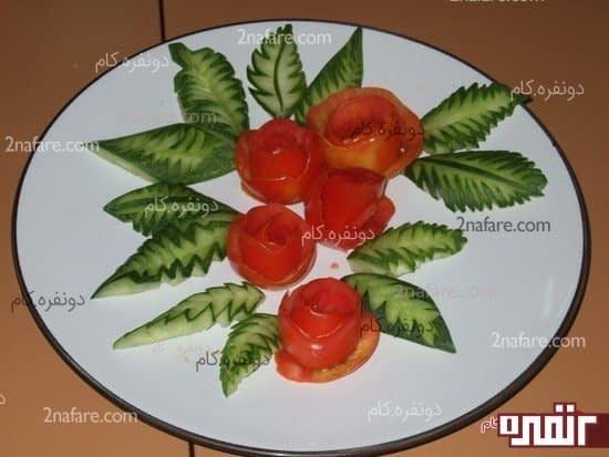تزیین غذا با خیار و گوجه