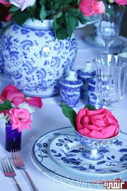 سفره آرایی با دستمال سفره گل رز