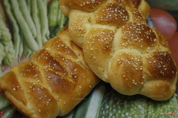 نان شیرمال با مغز خرما
