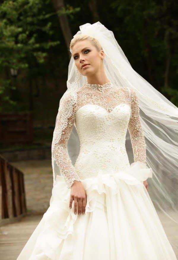 لباس عروس آستین بلند دانتل