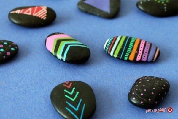 سنگ های نقاشی شده