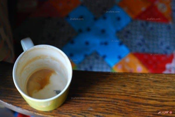 تمیز کردن لکه ی قهوه