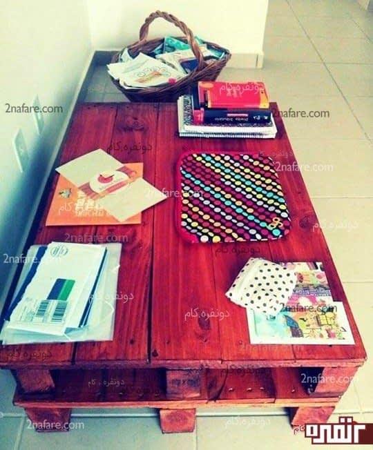 میز ساخته شده از پالت چوبی