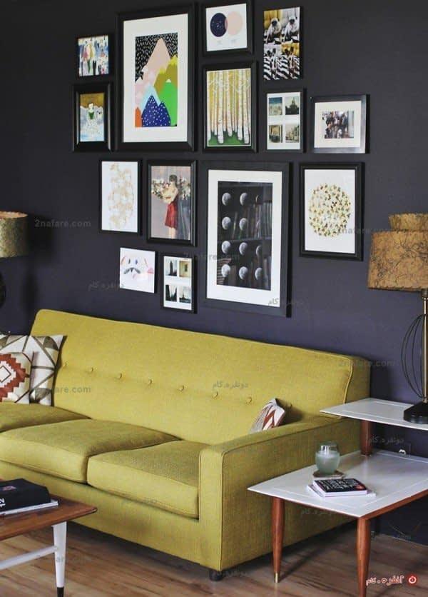 یک دیوار تیره رنگ، تابلوهای گرافیکی، نقاشی، نوشته های گرافیکی