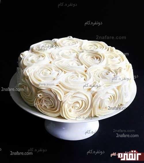 تزیین کیک تولد به شکل رز