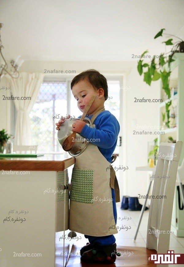 پیش بند آشپزخانه