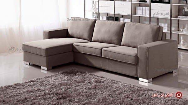 کاناپه ی راحتی با زیر پایی متصل و