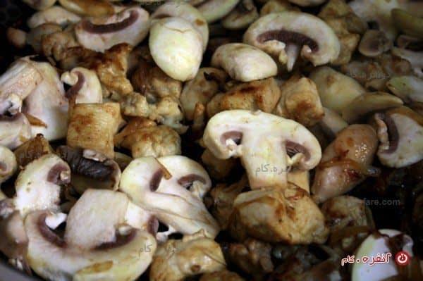 اضافه کردن قارچ ها