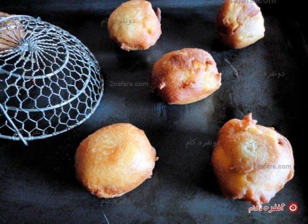 شیرینی سیب و دارچین سرخ شدن