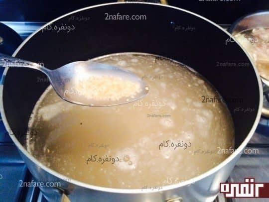 بلغور در حال پختن