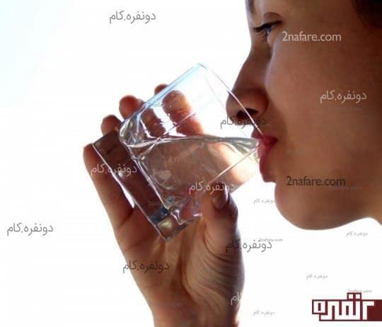 نوشیدن آب باعث نشاط پوست