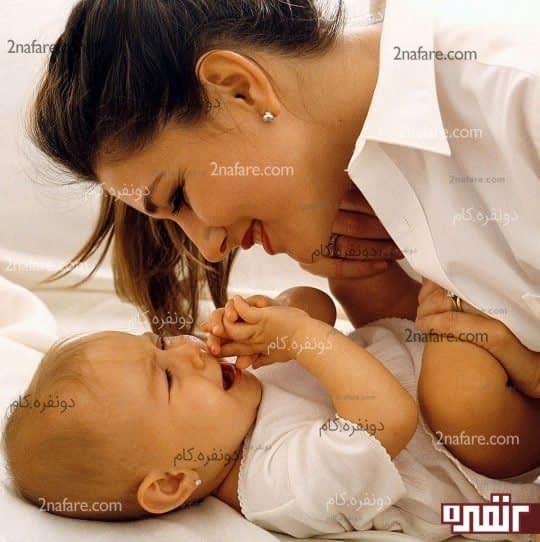 به فرزندتان عشق بورزید و محبت کنید