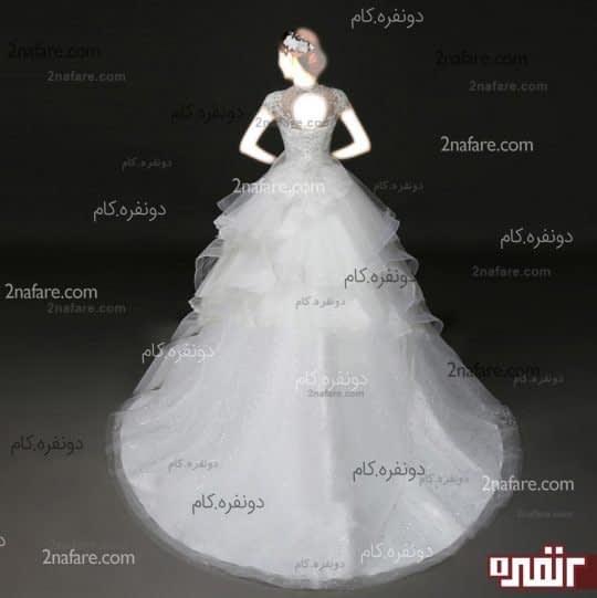 لباس عروس پفی با دامن دنباله دار