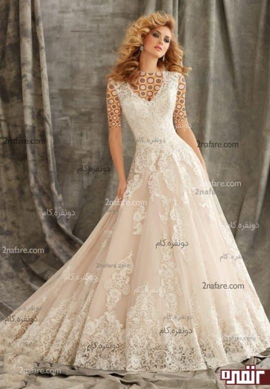 لباس عروس زیبا با دامن دنباله دار