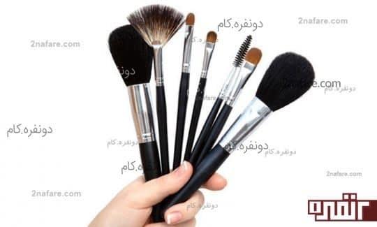 پاک کردن صحیح آرایش راهی موثر در کاهش ایجاد جوش صورت