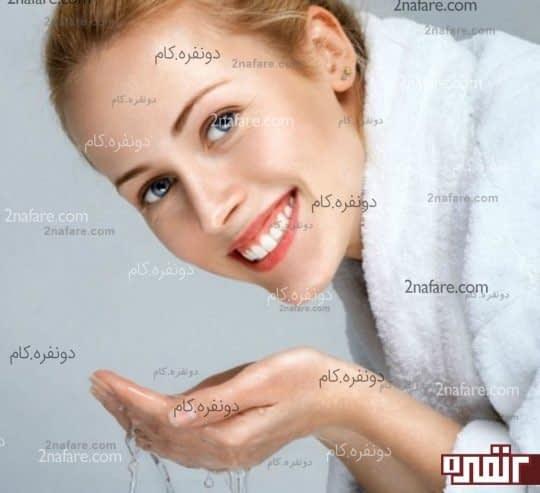 شست و شوی صورت اولین و موثرترین راه در درمان جوش های پوستی