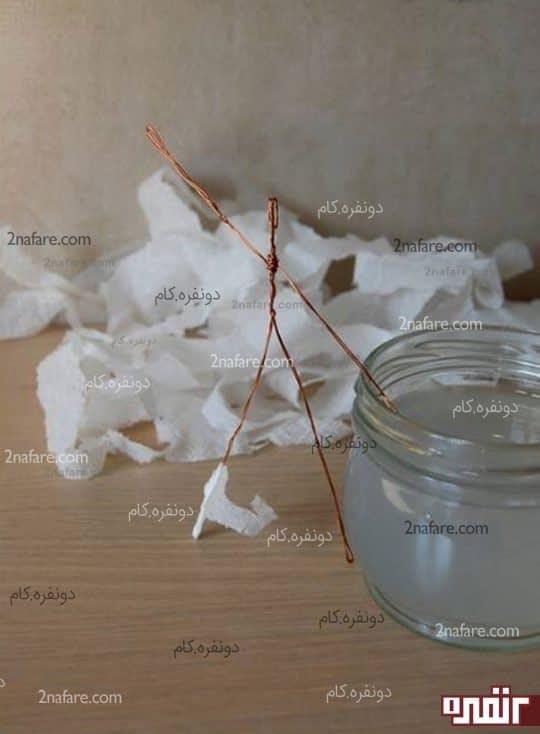 پوشاندن سیم مفتولی با لایه های دستمال کاغذی