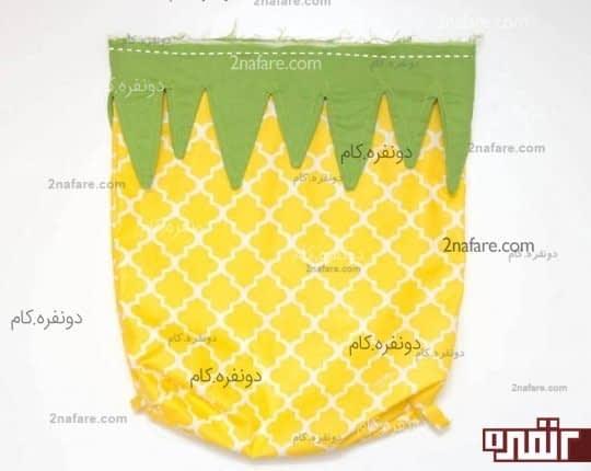 دوختن برگ آناناس به کوله پشتی