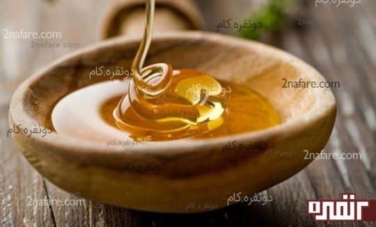 عسل مرطوب کننده ی طبیعی پوست