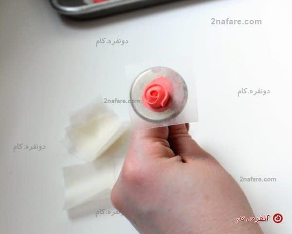 روش شکل دادن رویال آیسینگ به شکل گل رز