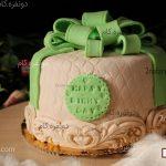 آموزش تزیین کیک تولد فوندانت به شکل جعبه کادو