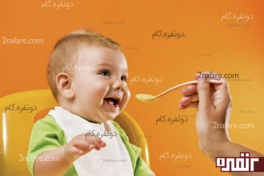 از کامل بودن وعده ی غذایی روزانه ی نوزاد مطمئن شوید