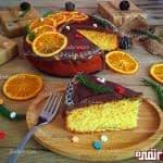 کیک پرتقالی با روکش شکلات و چیپس پرتقال
