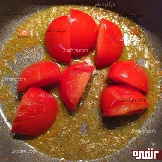 سرخ کردن گوجه فرنگی