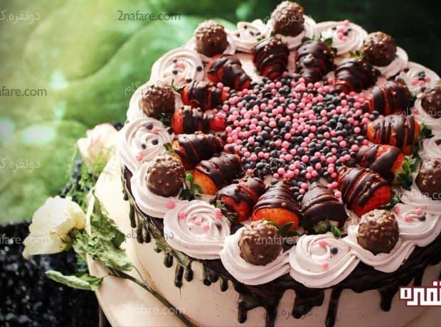 تزئین کیک با خامه