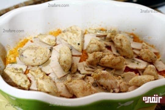 اضافه کردن مرغ های پخته شده