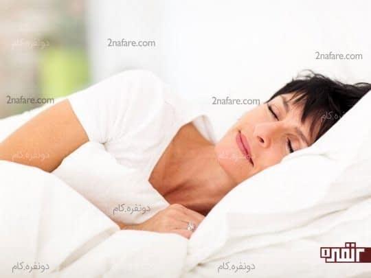 امکان دارد که خوابیدن باعث آسیب زدن به زیبایی پوست صورت شود