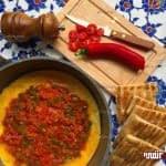 املت گوجه فرنگی و فلفل دلمه ای برای صبحانه