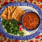طرز تهیه خوراک لوبیا چیتی و قارچ