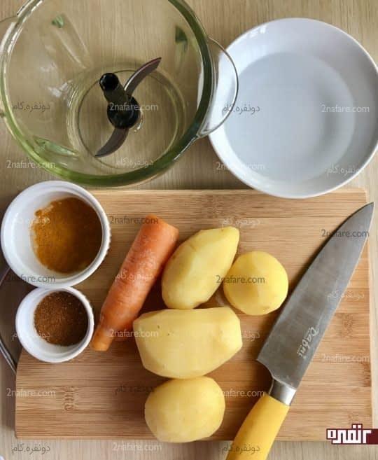 آماده کردن سس سیب زمینی برای پاستا