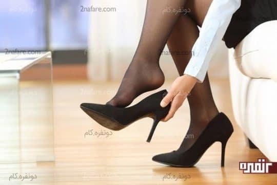 کفش هایی با پاشنه های استاندارد بپوشید