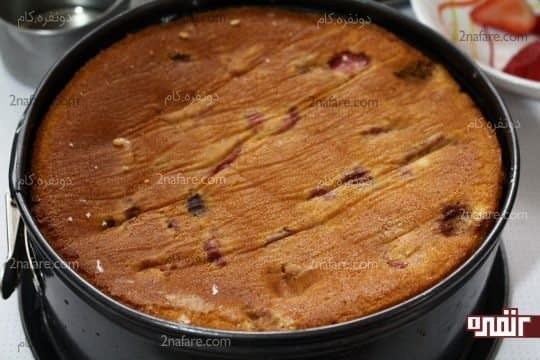 قرار دادن لایه دوم کیک