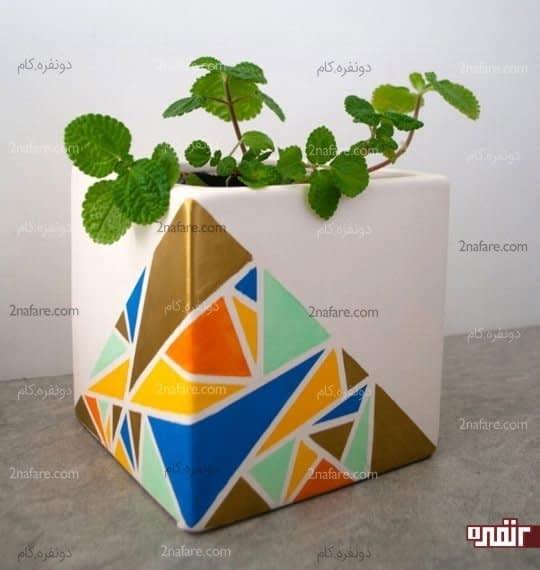 مثلث های رنگارنگ برای تزئین گلدان
