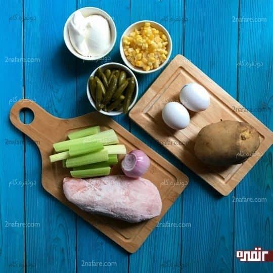 مواد لازم برای تهیه سالاد مرغ و کرفس