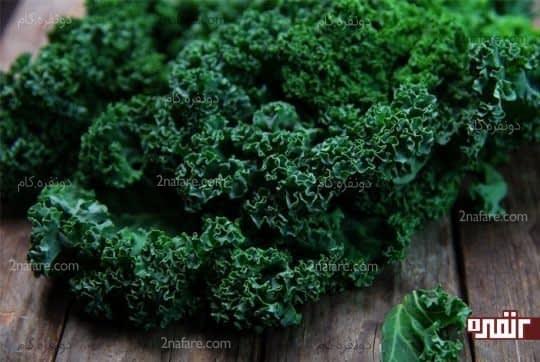 سبزیجات برگ دار سبز