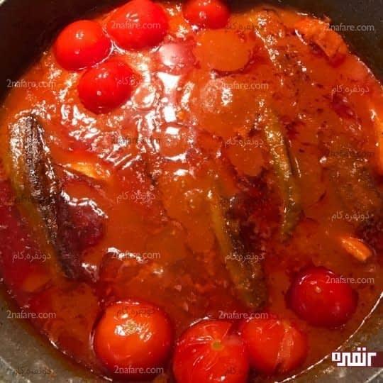 اضافه کردن گوجه