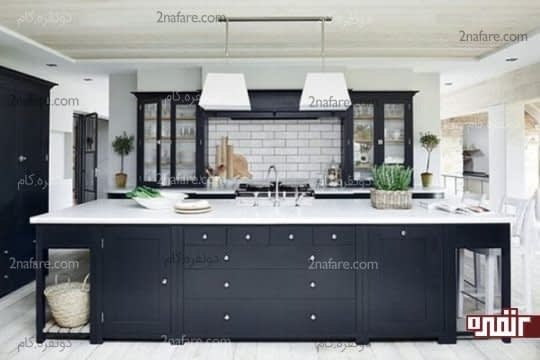ترکیب رنگ سفید خامه ای و سیاه زغالی