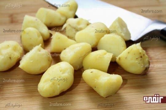خرد کردن سیب زمینی های پخته شده