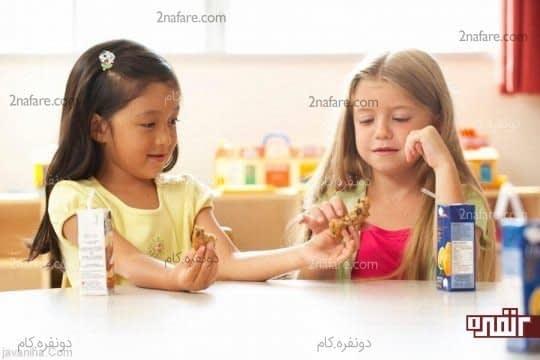 لطف کودک به دیگران