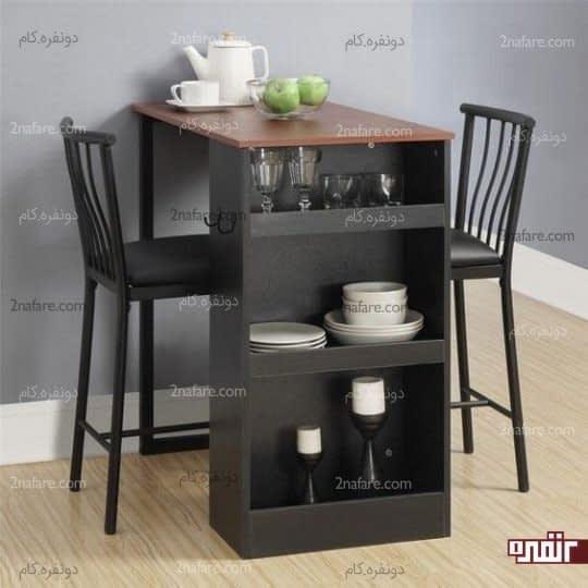 میز غذاخوری به همراه قفسه هایی برای ظروف در آشپزخانه هایی کوچک